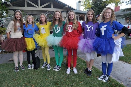 Halloween on Mount Vernon Avenue