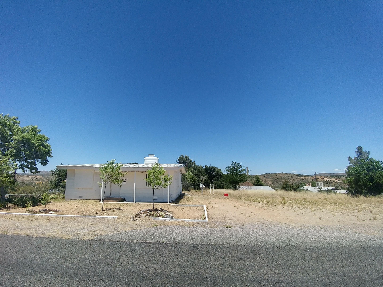 13340 Summit Avenue, Mayer, AZ 86333