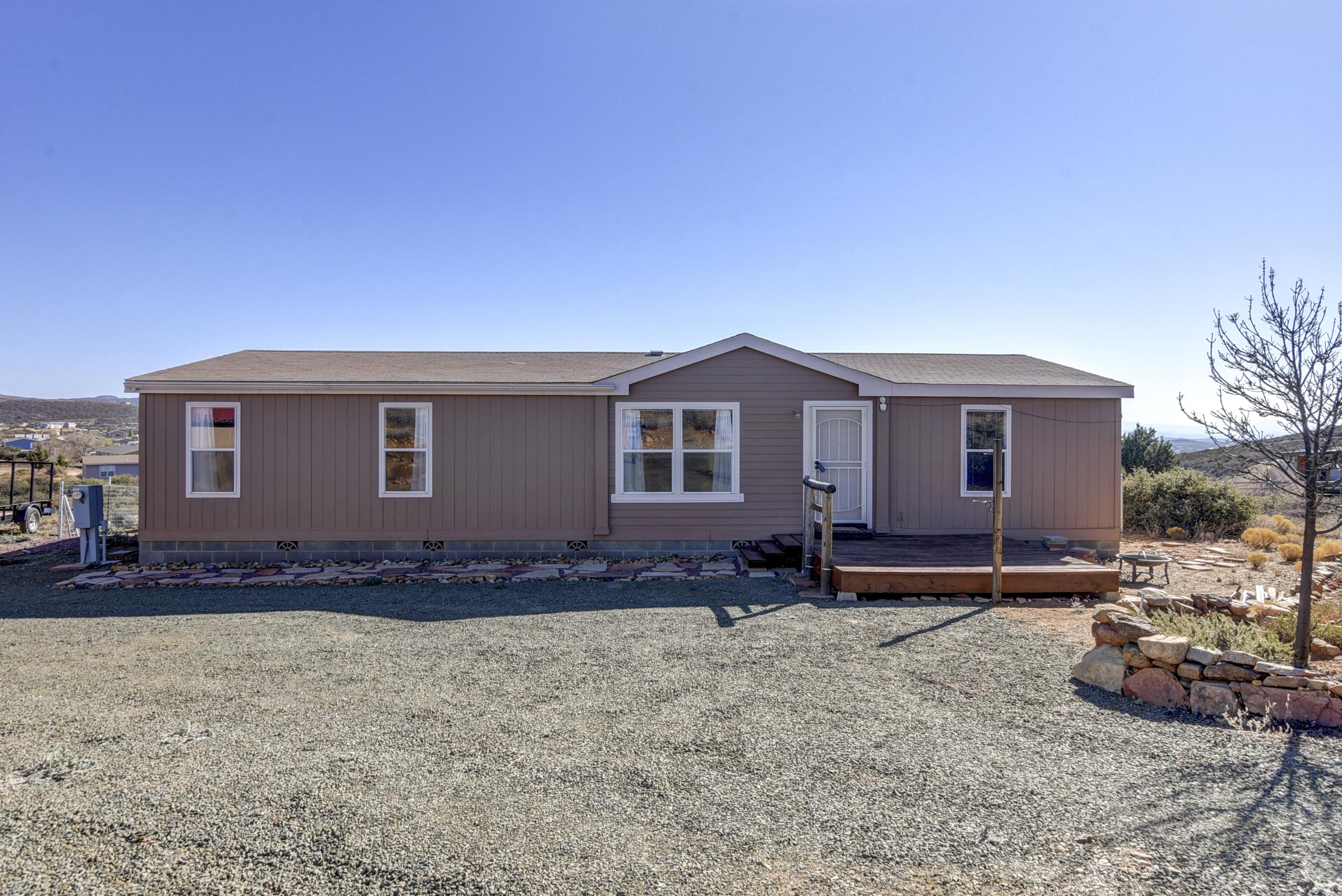17155 E Roper Way, Dewey-Humboldt, AZ 86327